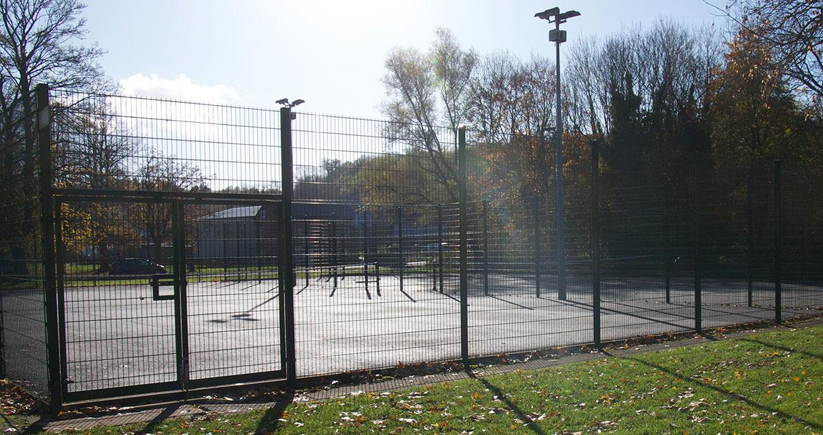 Riverside tennis courts Chesham Moor