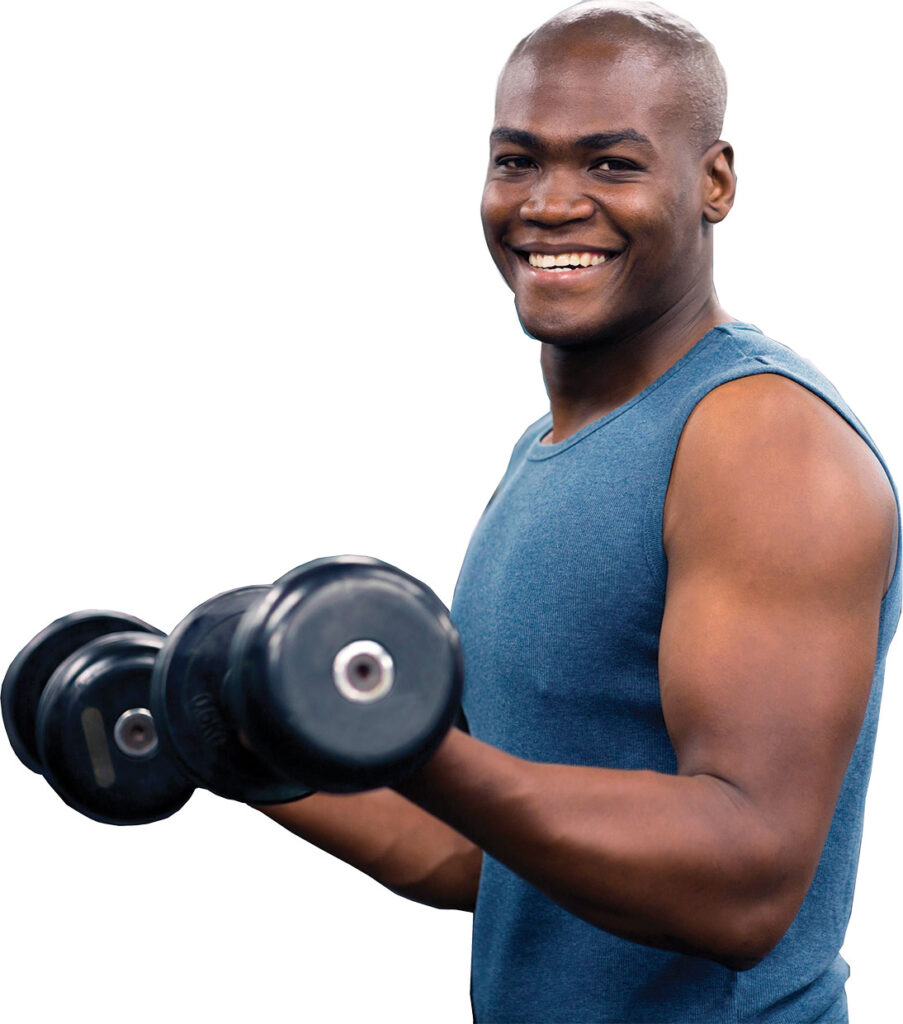 Main in gym with hand weights
